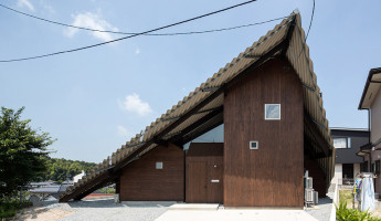 Rain Shelter House by Y+M Japan 2