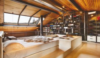 Contemporary-Rustic Karakoy Loft Overlooks Modern Istanbul 9