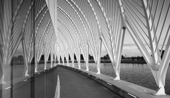 Florida Polytechnic University by Santiago Calatrava - promenade