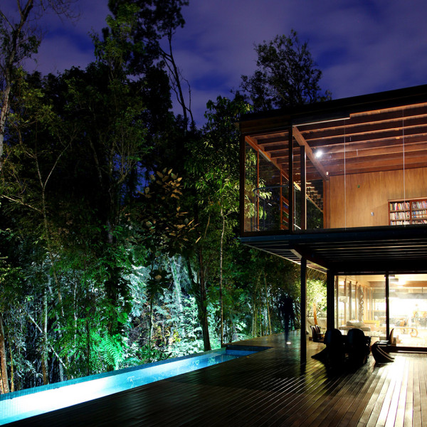Joinville House by UNA Arquitetos 8 600x600 Joinville House by UNA Arquitetos is a Luxury Home in the Brazilian Rainforest
