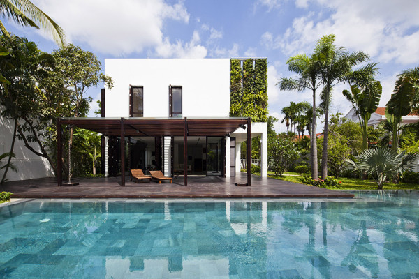 Thao Dien House by MM House Architects 5 600x400 Green Walled Thao Dien House by MM++ Architects