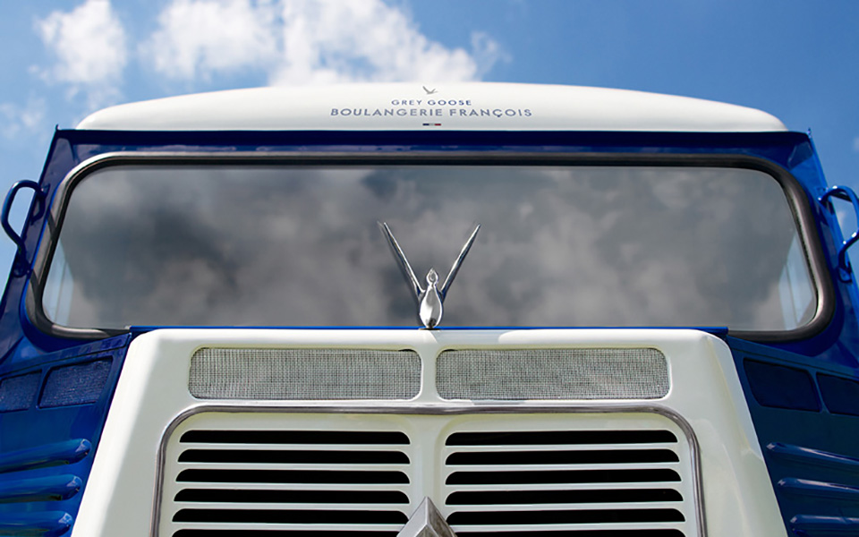 The Grey Goose Camionnette by Ragged Edge 4