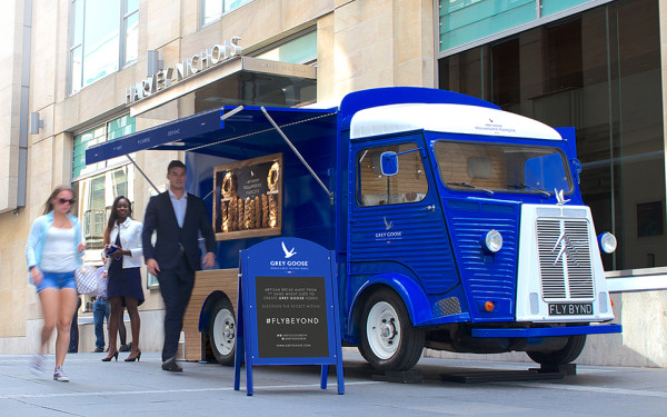 The Grey Goose Camionnette by Ragged Edge 8