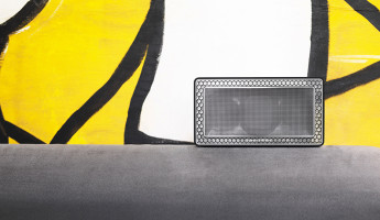 Bowers and Wilkins T7 Bluetooth Speaker 4