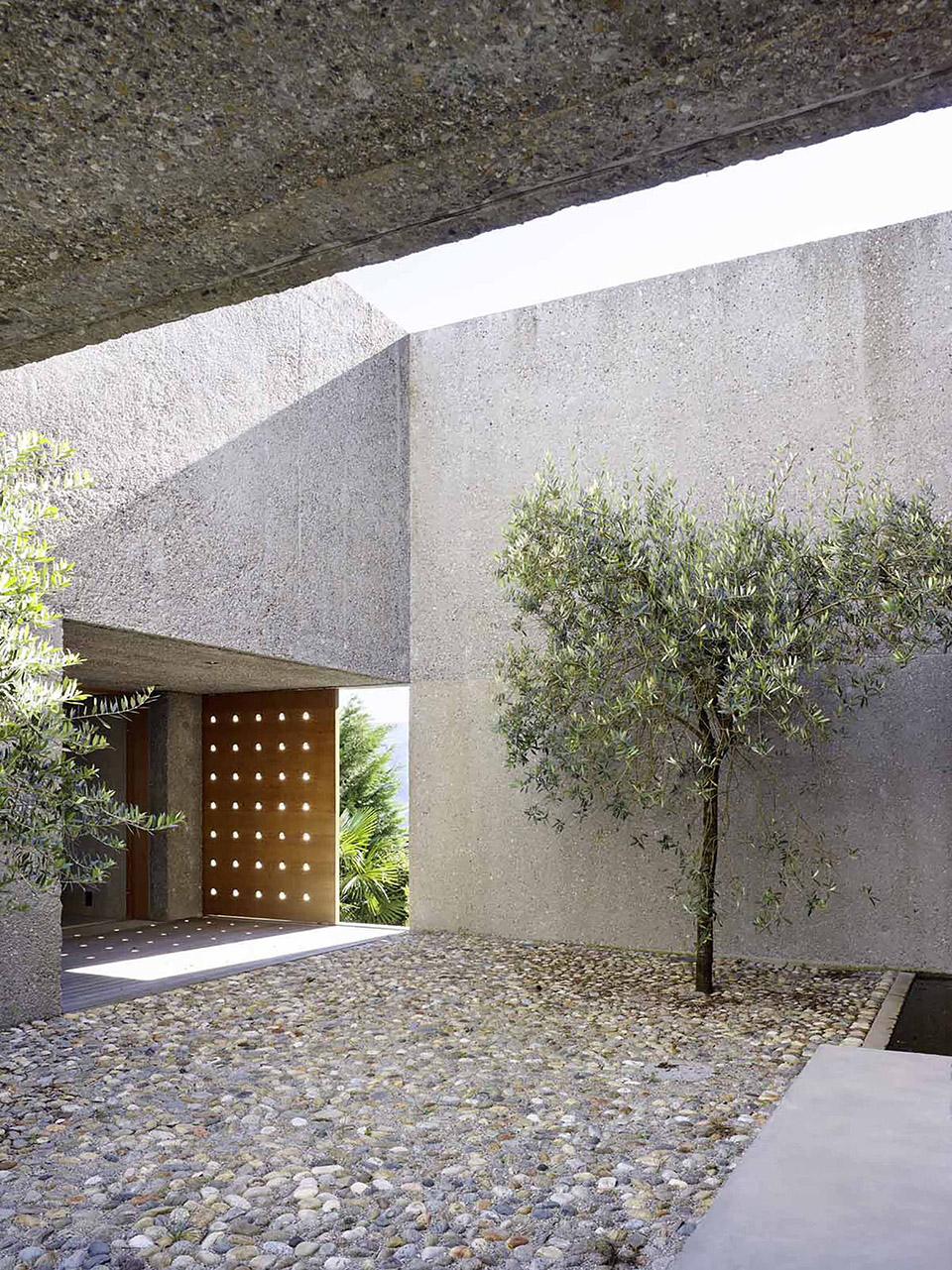 House in Brissago by Wespi de Meuron Romeo architects 12