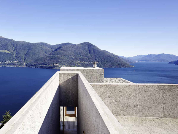 House in Brissago by Wespi de Meuron Romeo architects 5 600x450 House in Brissago by Wespi de Meuron Romeo Architects