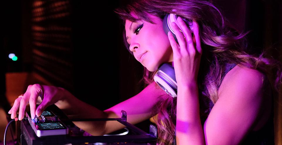 Monster Go DJ Portable Music Mixer 1