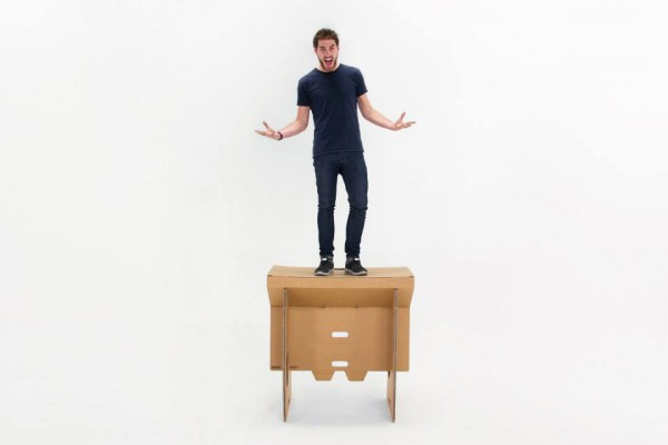 Refold Cardboard Standing Desk 3 600x400 The Refold Cardboard Standing Desk Could Make You Rethink The Cubicle