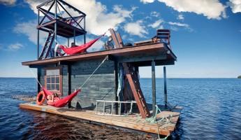 Saunalautta Floating Sauna Houseboat 1