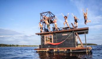 Saunalautta Floating Sauna Houseboat 2