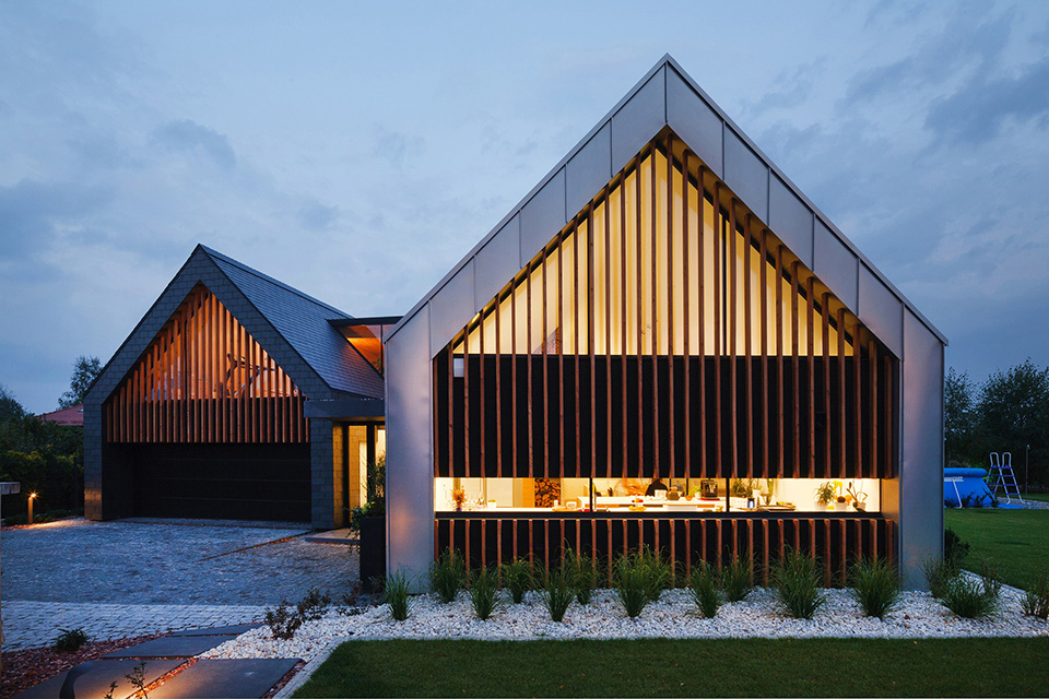 wooden single door design for house  | 600 x 409