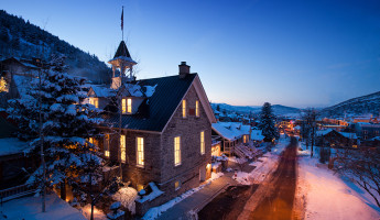Washington School House Boutique Hotel - Park City Utah (3)