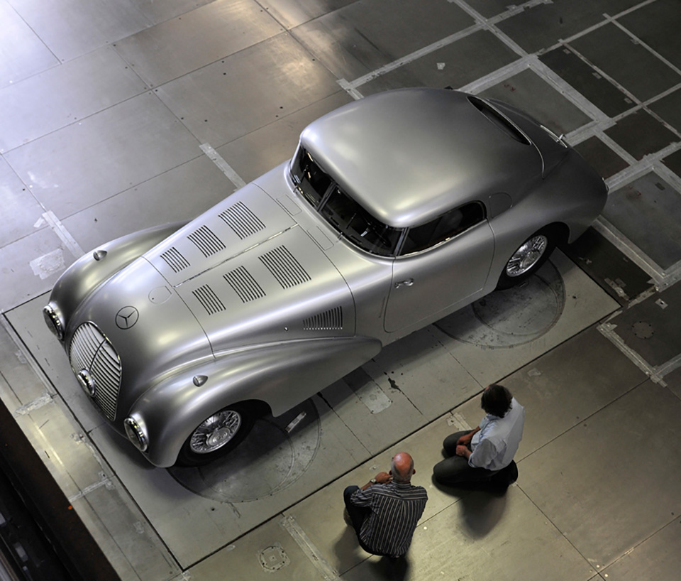 1938-Mercedes-Benz-540-K-Streamliner-7