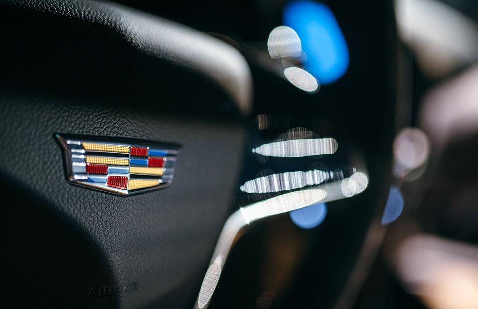 2016-Cadillac-ATS-V—Reveal—ats-v-coupe-badge