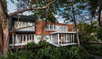 Camp Biscayne House 1 - Allan Shulman - Shulman and Associates - Photo by Emilio Collavino