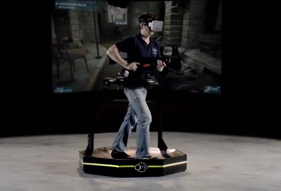 Future-Gaming-Technology-2014-Virtuix-Omni-Virtual-Reality-Treadmill-2