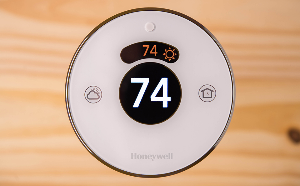 Honeywell Lyric Unboxing Lyric floating with temp Why Geofencing Is the Next Buzz Word in Smart Home Technology