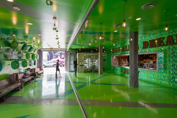 Jugo Fresh Wynwood by Shulman + Associates photo by Robin Hill