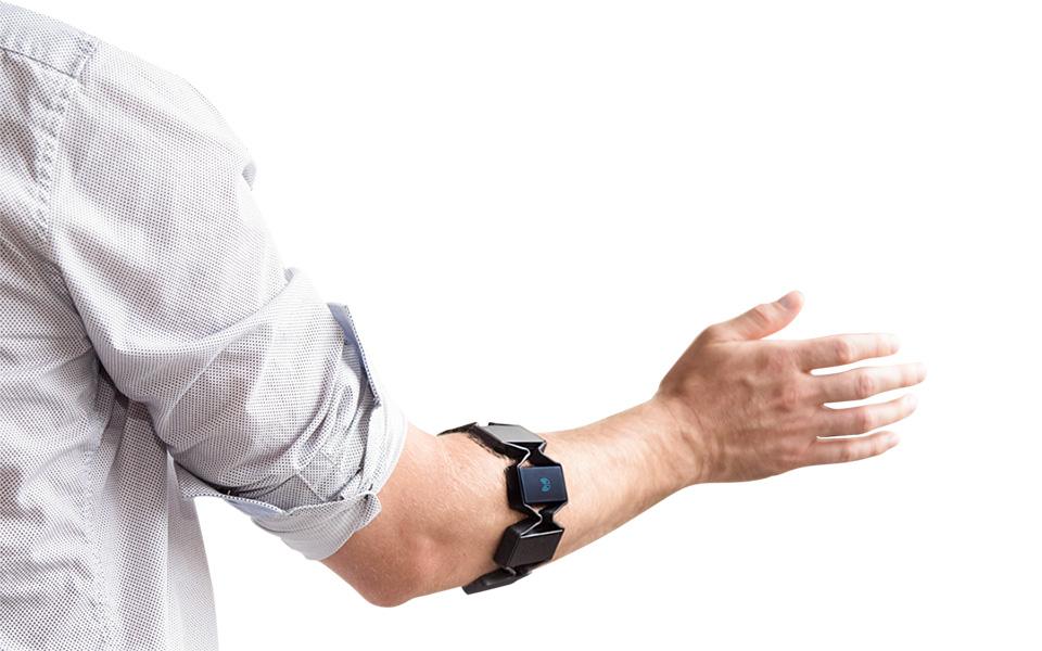 Myo Armband Controller
