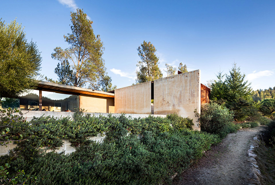Napa Valley House by Eliot Lee and Eun Lee 1