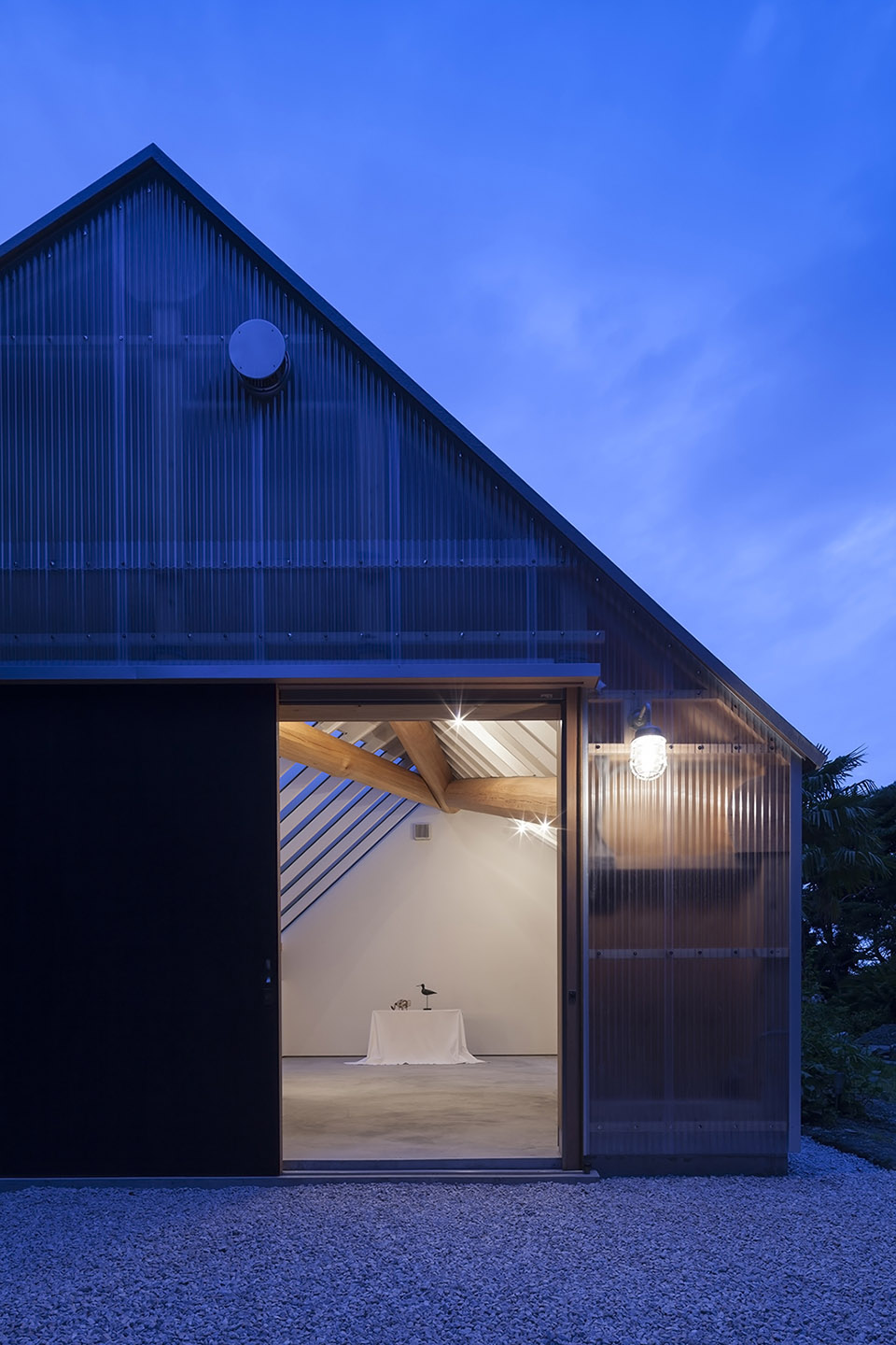 Photography Studio by FT Architects 6