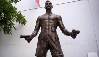 Wynwood Sculpture Art - Shooter
