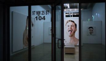 Wynwood Art Gallery - Tongue