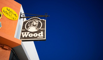 Wood Tavern Wynwood - Signage