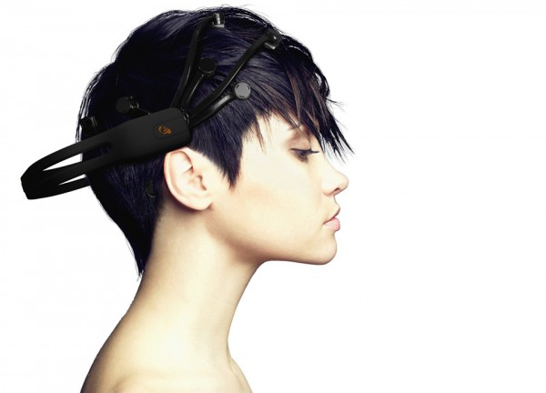 Best Smart Gadgets 2014 - Emotiv EPOC Brain Controller