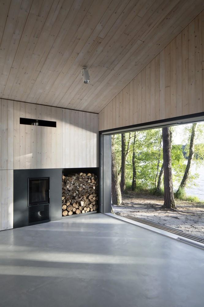 lake-cabin-fam-architekti-feilden-mawson-8-666×999