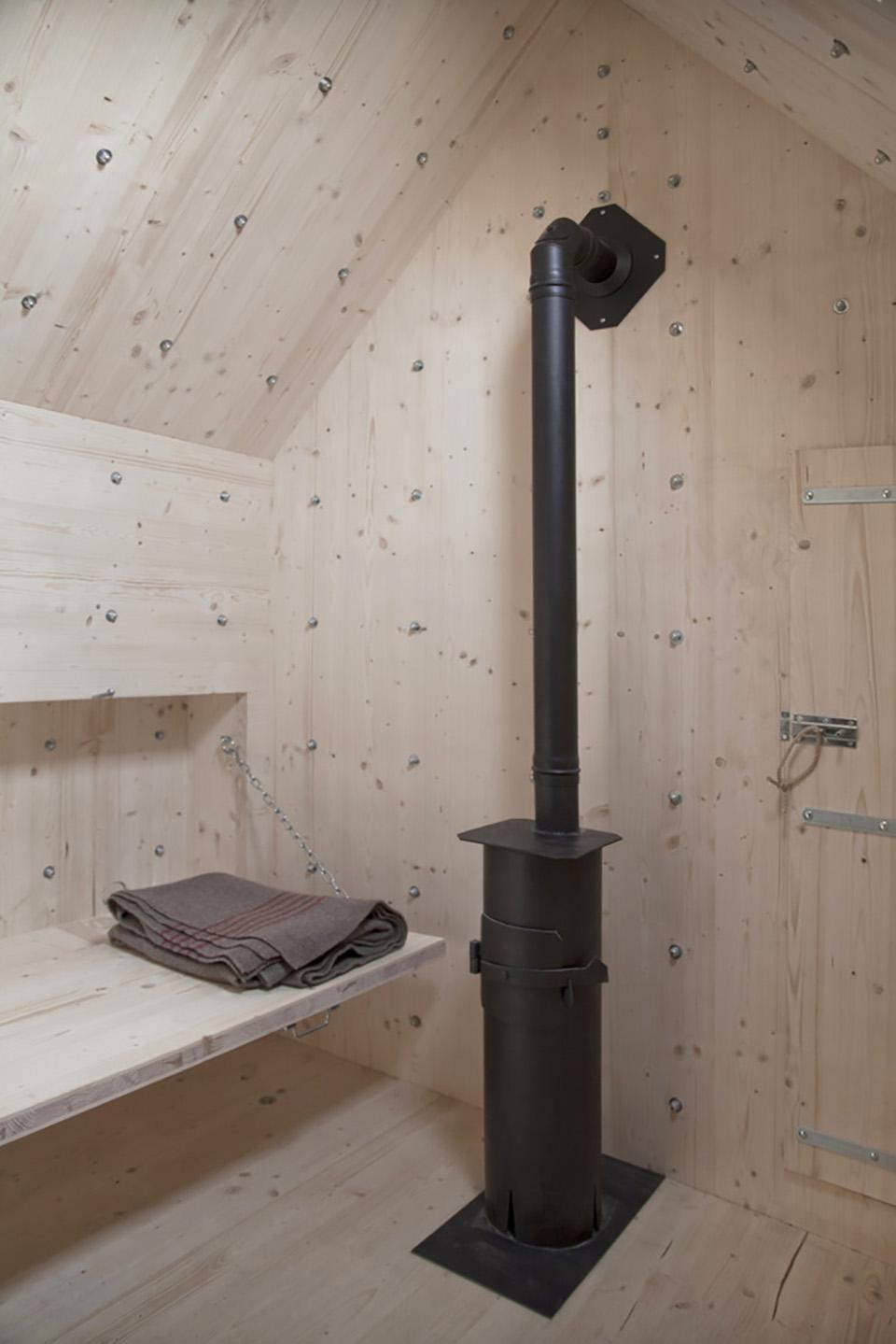 Bureau A Antoine Boulder Cabin 7