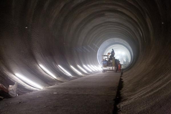 London Crossrail Tunnels 5 600x400 Exploring Deep Beneath London: The Crossrail Tunnels