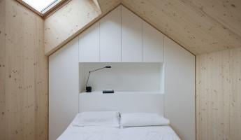 Compact Karst House by Dekleva Gregorič Arhitekti 16