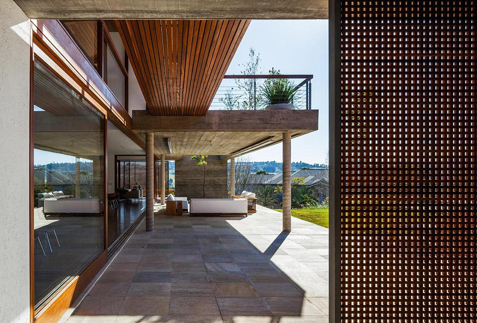 FT House by Reinach Mendonça Arquitetos Associados – Photo by Nelson Kon 10