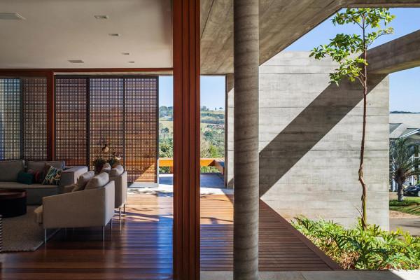 FT House by Reinach Mendonça Arquitetos Associados - Photo by Nelson Kon 5