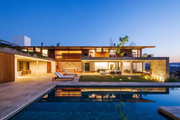 FT House by Reinach Mendonça Arquitetos Associados - Photo by Nelson Kon 6