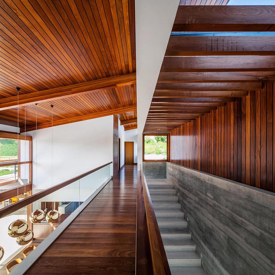 FT House by Reinach Mendonça Arquitetos Associados – Photo by Nelson Kon 8