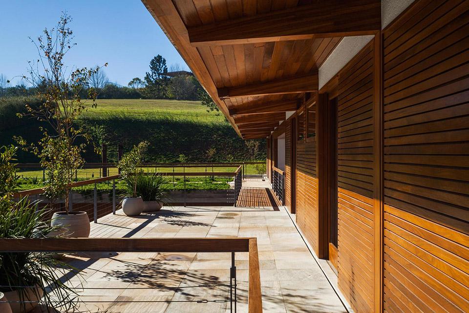 FT House by Reinach Mendonça Arquitetos Associados – Photo by Nelson Kon 9