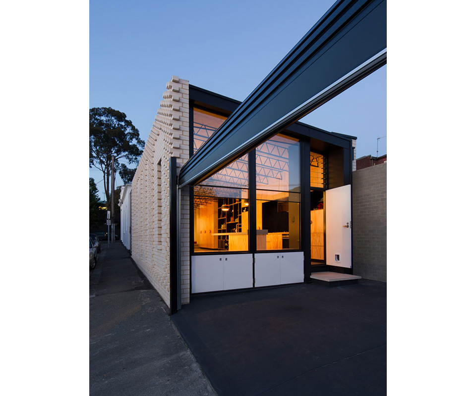 Hello House by Oof Architecture 8