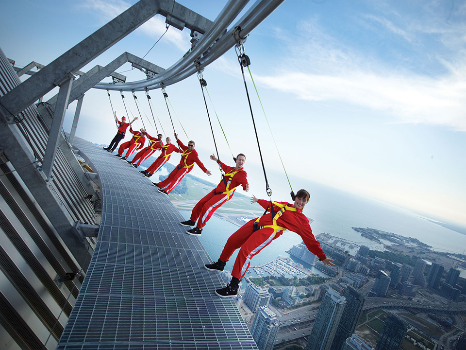 CN TOWER – EdgeWalk Receives Guinness World Records® Title