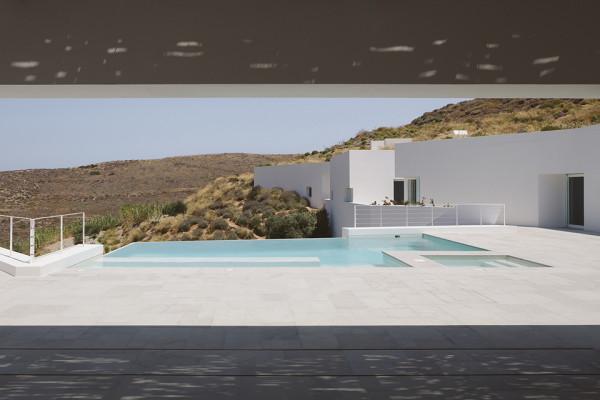 Ktima House by Camilo Rebelo and Susana Martins - Photo by Claudio Reis 10