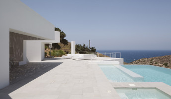 Ktima House by Camilo Rebelo and Susana Martins - Photo by Claudio Reis 9