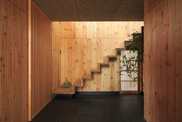 Life Style Koubo House in Itsuura 3 600x401 Wooden Wonder House: Life Style Koubo House in Itsuura