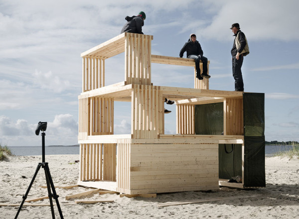 Nomadic Shelter by SALT Siida Workshop 2 600x440 This Student Designed Modular Cabin is an Inspiration to Creative Campers