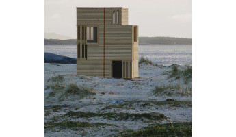 Nomadic Shelter by SALT Siida Workshop 9