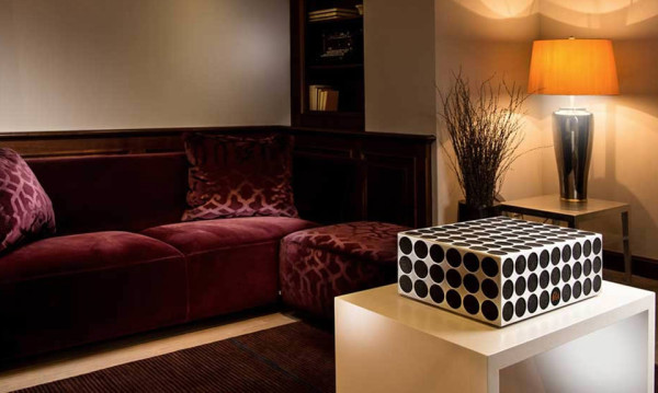 Poet Audio Pandoretta 360 Degree Sound System 4 600x359 Poet Audio Pandoretta Speaker System is a $7K Centerpiece