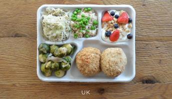 School Lunches Around the World - Food Photography by Sweetgreen - UK