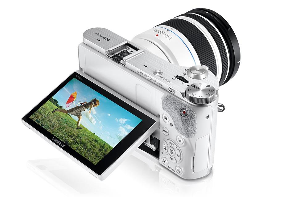 Travel Cameras 2015 – Mid-Range Compact – Samsung NX300 – 3