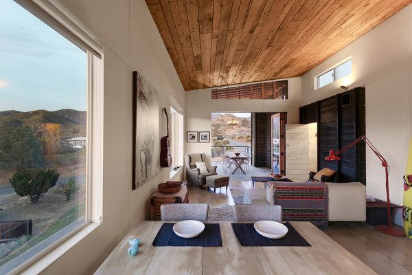 510 Cabin by Hunter Leggitt Studio 12 600x400 This Student Built Modern Cabin is the Perfect California Retreat