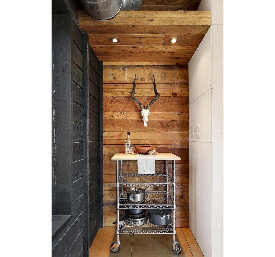 510 Cabin by Hunter Leggitt Studio 6